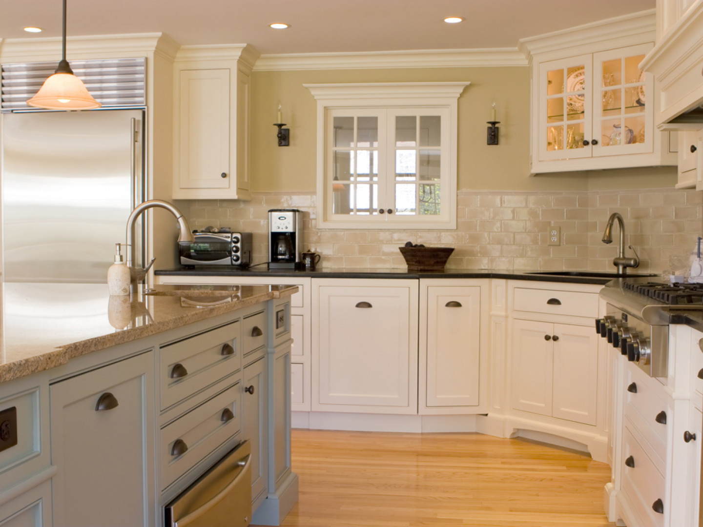 Get a Beautiful, Spotless Kitchen